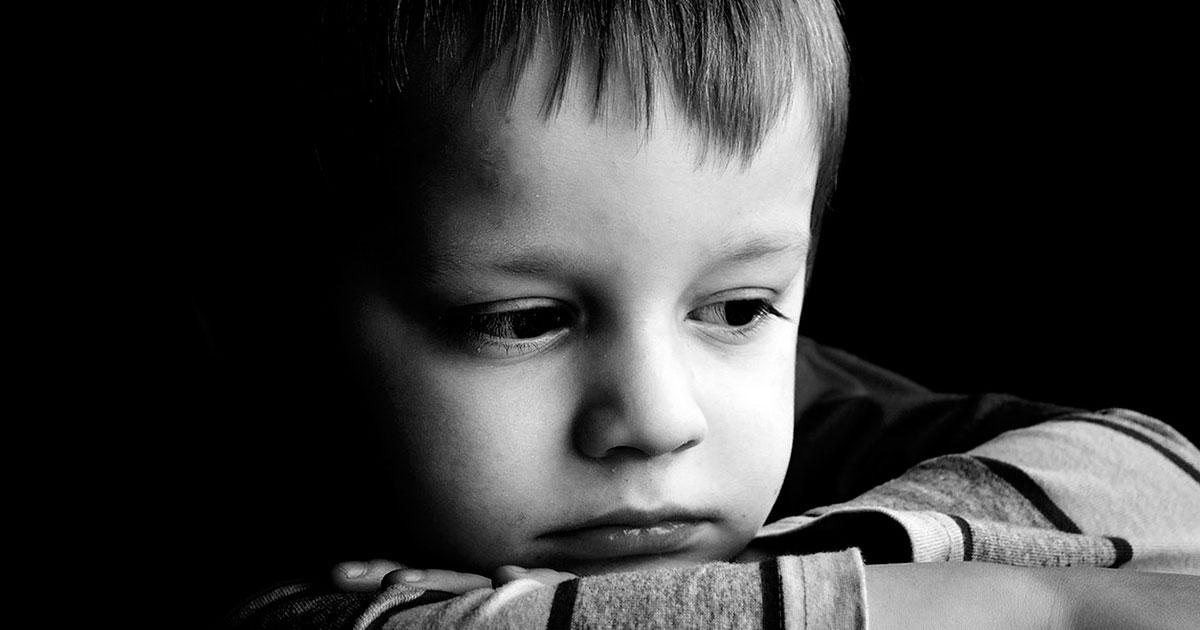 Mi hijo necesita ir al psicólogo. El primer día de terapia para un niño.